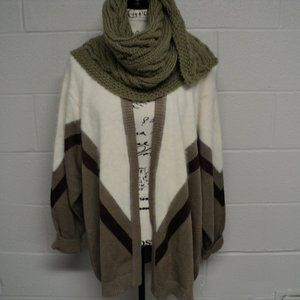 Chelsea collection brown and dark tan cardigan.